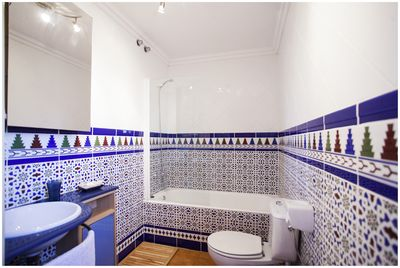 Bathroom with Andalucian style tiles