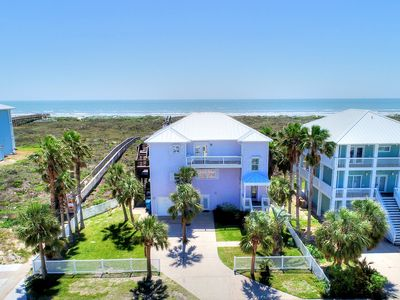 Photo for Beachfront! Ocean views! 6 bedrooms 3.5 Baths! Community Pool!