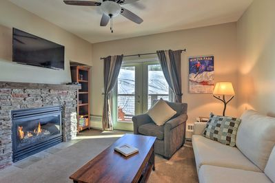 Discover Granby from this 2BR, 2-bathroom vacation rental condo!
