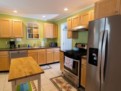 Great 3 Bedroom/2 Bath Apartment on Quiet Street in Downtown Saratoga Springs