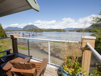 Eik Landing with amazing ocean views and walking distance to Tofino