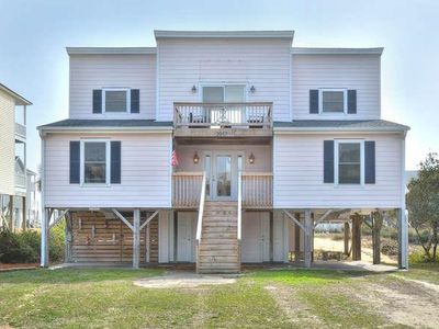 Photo for Beautifully Decorated 4 BR/2 BA Home Close to the BEACH with Fire Pit-Sleep9