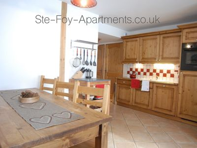 Photo for Beautifully clean, superbly equipped apartment - a true home from home!