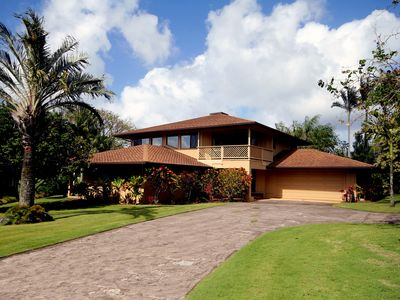"Photo for Over 60 5 star reviews. ""Perfect"" Golfcrse Home, Pool, Wifi Wlk to bch, Sleep 12"