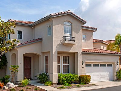 Photo for Lavish 4BR w/ Hot Tub in Gated Community - Near University, Dining, Shopping
