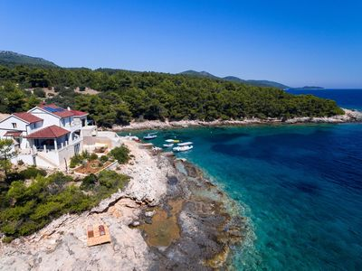 Photo for 4BR Villa Vacation Rental in Vela Luka