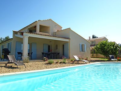 Photo for 5 bedroom Villa, sleeps 10 in Saint-Saturnin-lès-Apt with Pool, Air Con and WiFi