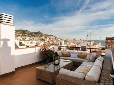 Photo for Luxury Penthouse with seaviews, large roof terrace, WIFI, Aircon, 2 bed, 2 bath