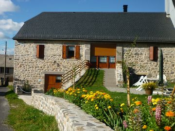 Cottage in the summer pastures of the Cantal in Pradiers near ALLANCHE