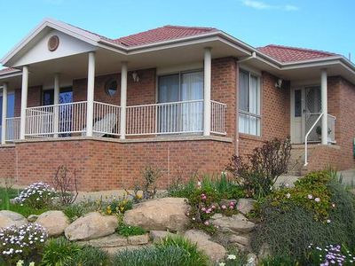 Photo for 2BR Villa Vacation Rental in Kooringal, NSW