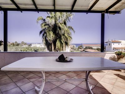 Photo for House close to the beach, on a beautiful, groomed garden