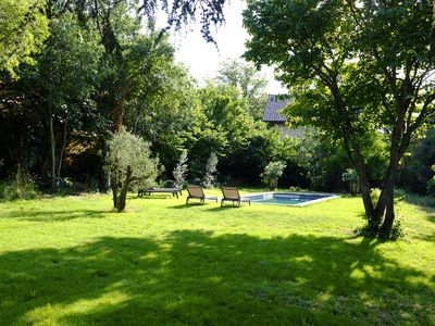 Photo for Charming independent studio in Aix character bastide with swimming pool