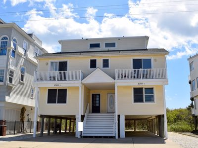 "Photo for Gorgeous Ocean Views!!!  Beachfront North end of the island. Central A/C, decks and off street parking. Wet bar, 50"" Plasma HDTV, Large deck with gorgeous ocean views. INTERNET"