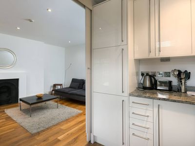 Photo for Bright 2BR Home in South Hampstead