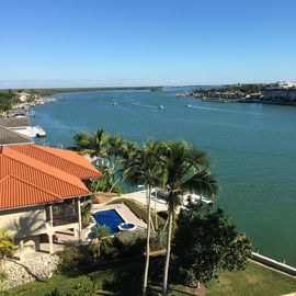 Riverfront Condo  in Isles of Capri near Marco Island