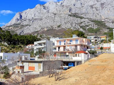 Photo for Studio flat with balcony and sea view Makarska (AS-18145-a)
