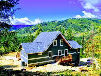 Photo for Spectacular Mountain Views and 5 private acres await at this Leavenworth lodge