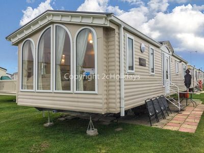 Photo for Luxury caravan for hire sleeping 8 people by the beach in Norfolk ref 50044G