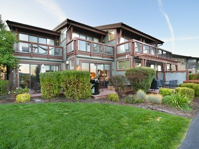 Photo for Cozy Townhome w/Hot Tub, Pool Access, Mountain Views, Close to Everything