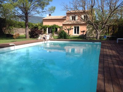 Photo for Provencal Fayence 8 people, private pool