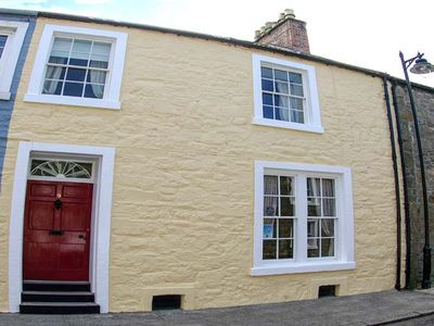 Photo for THE TOWNHOUSE, family friendly in Kirkcudbright, Ref 949011