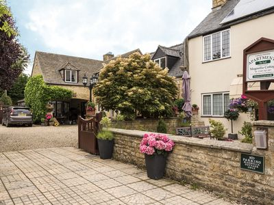 Photo for Chestnut Apartment in Cotswold village of Bourton.