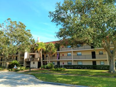Photo for Cute 1 Bedroom Condo with Community pool - Short Term Seasonal Furnished Rental