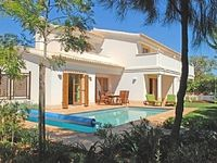 Pleasant, well maintained villa.