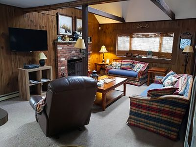 Comfortable Living @ The Bear's Den!