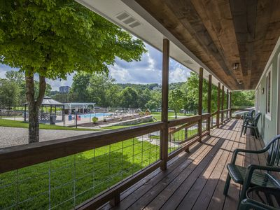 Photo for Driftwater Resort Cabin #10 on Lake Taneycomo