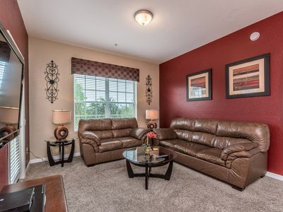 Photo for Cozy Vista Cay condo minutes away from Universal Studios & International Dr.!