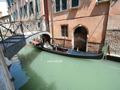 Photo for Air-conditioned apartment is 400 m from Rialto Bridge