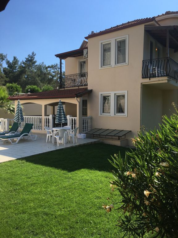 Villa With Private Pool Terrace Garden And Covered Area