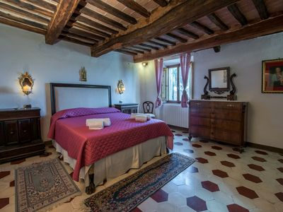 Photo for Stunning Siena villa with 4 bedrooms only 3 km to the city. Pool and Wi-Fi