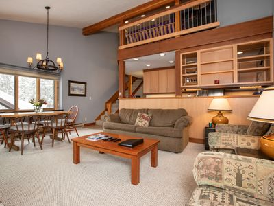 Photo for Affordable 2 Bedroom Loft with Extra Space!