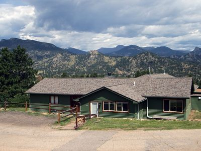 Photo for Rocky Mountain Retreat - 3 bedroom/3 bath with personal hot tub offers Panoramic Mountain Views