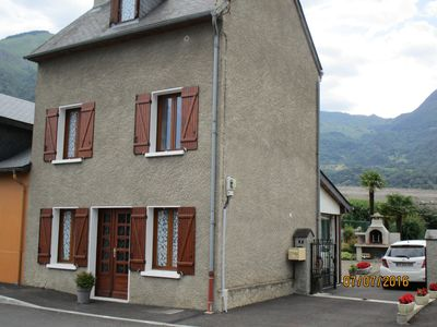 Photo for Cozy house fenced garden 600m2 10kms from CAUTERETS 20k ms in Lourdes