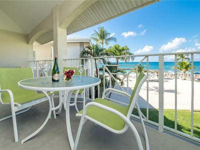 Enjoy spectacular views of the ocean and beach from this Oceanview unit at Sunset Cove on SMB!