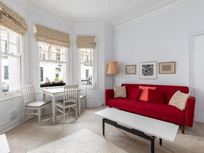 Photo for Chic 1bedroom / sleeps 3 - in the heart of Chelsea