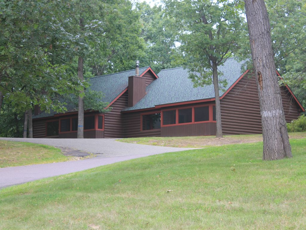 dells frame on photo gallery cabins images homes by log wisconsin best rooms great hybrid wiloghomes greatrooms pinterest timber custom