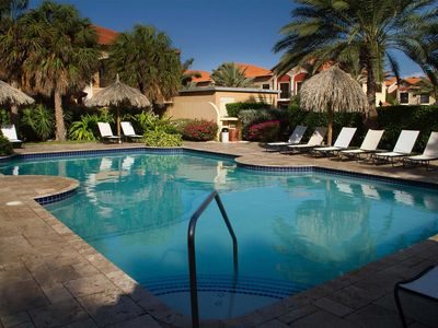Photo for HIGH VALUE condo for GREAT PRICE - GOLD COAST - hottub-gym-tenniscourts-pool!