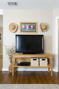 Flat screen TV with DirecTV, DVD player, high speed internet and Netflix