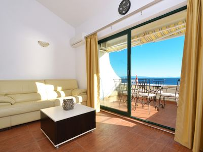 Photo for SABLIC 5 apartment with sea view, 30m from a beach in OKRUG GORNJI