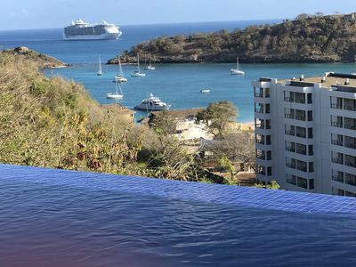Photo for Luxury Villa with infinity pool by the Royalton