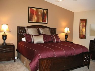 Photo for Great three bedroom condominium with a pool and hot tub!