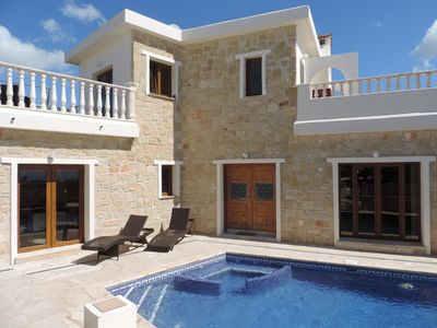 Photo for 4 bed Luxury villa, close to beach, with private pool, BBQ, WiFi, spa