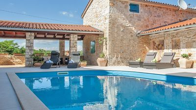 Photo for Beautiful Istrian style villa with pool