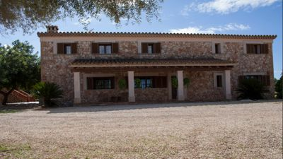 Photo for Villa with bbq and pool in Santa Eugenia
