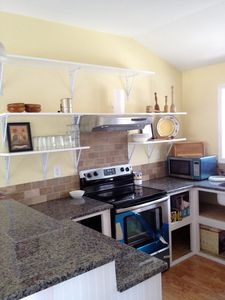 Full kitchen for your cooking pleasure