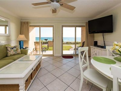 Photo for 03- Wonderful memories are made in this GORGEOUS condo that sleeps 6! Coral Reef Club